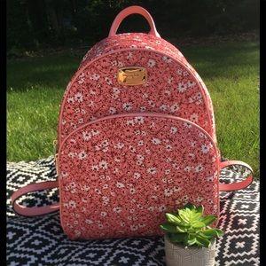 NWT Michael Kors LG Abbey Backpack